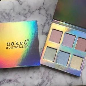 Naked Cosmetics- Holographic Highlighter